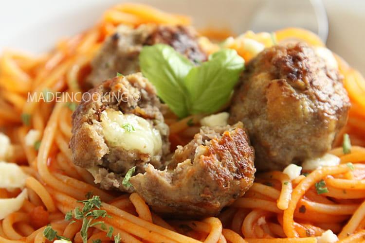 Boulettes de viande farcies à la mozzarella