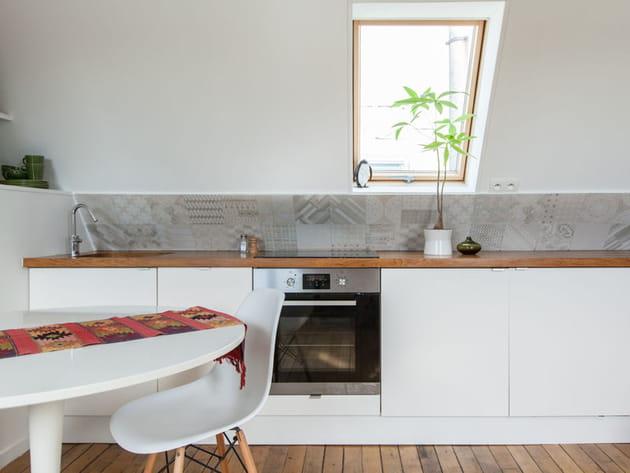 Une cuisine discrète et fonctionnelle
