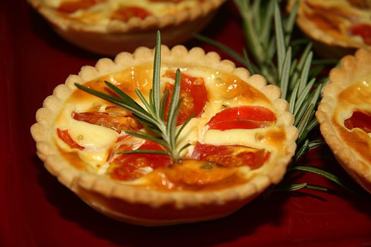 Tartelettes aux tomates cerises, philadelphia et origan