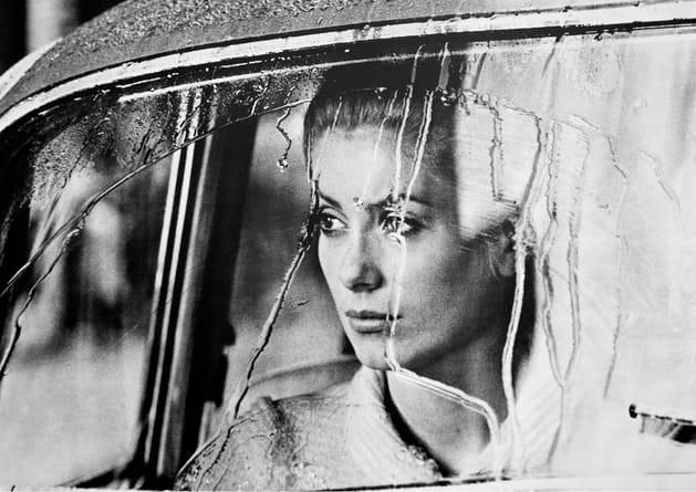 "Catherine Deneuve 1967- ""Manon 70"" de Jean Aurel"
