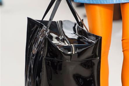 Balenciaga (Close Up) - photo 43