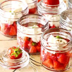 verrines aux fraises et mousseline de chèvre