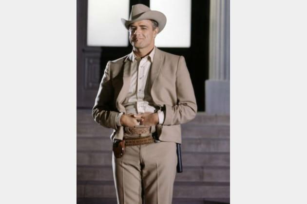 Mort Marlon Brando La Poursuite impitoyable, 1966