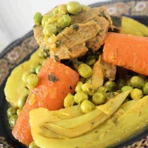 tajine de veau au fenouil, carottes et petits pois