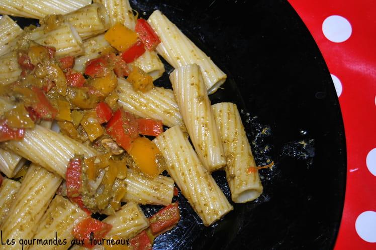 Tortiglioni aux poivrons et au pesto