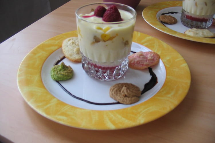 Tiramisu coco aux fruits exotiques