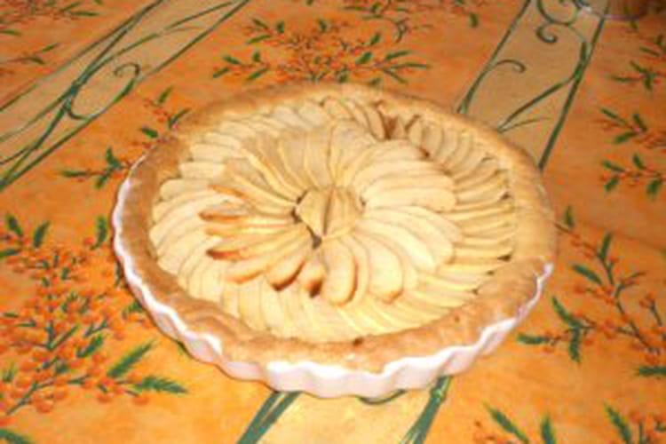 Tarte aux pommes normande au Calvados