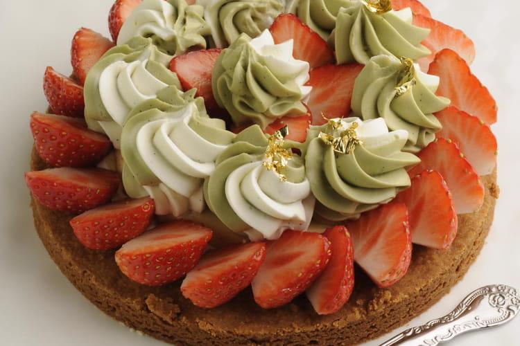 Tarte façon sablé aux fraises, pistache et vanille