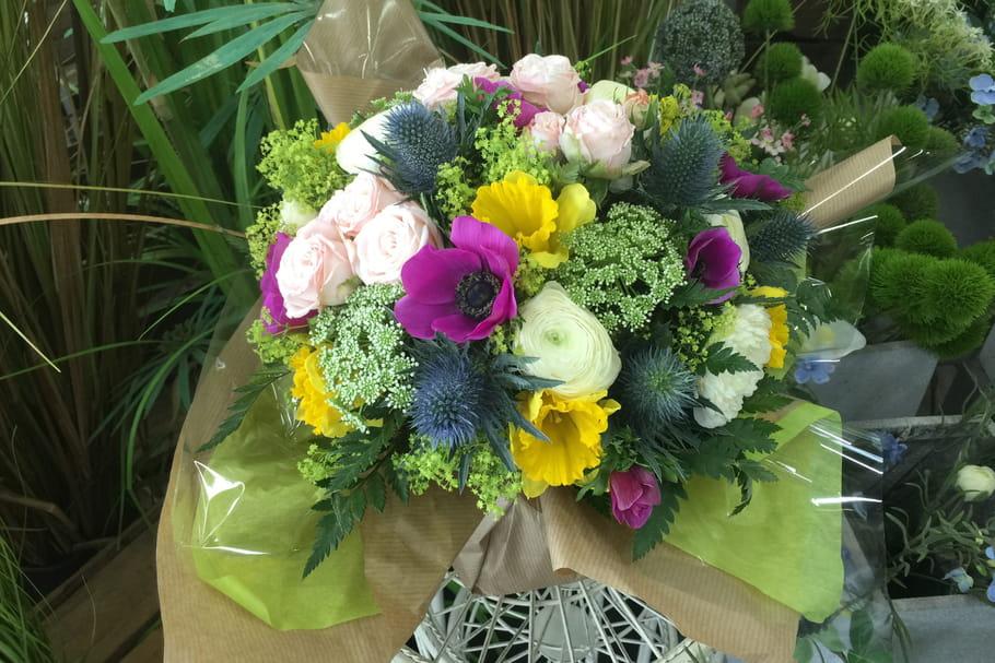 DIY: un bouquet de fleurs rond printanier