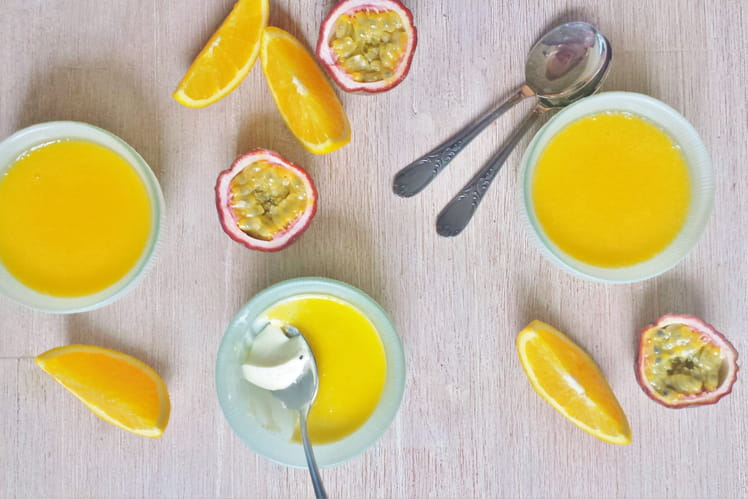 Panna cotta coulis orange-passion