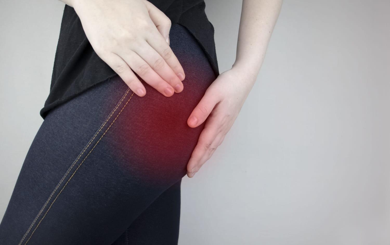 Spondylolisthésis: symptômes, grades, traitements, opération, sport