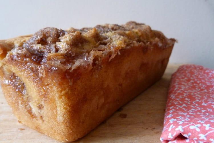 Gâteau aux pommes et à la canelle