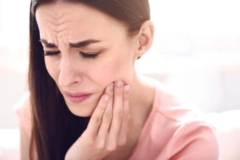 Cancer de la mâchoire: cause, symptôme, guérison