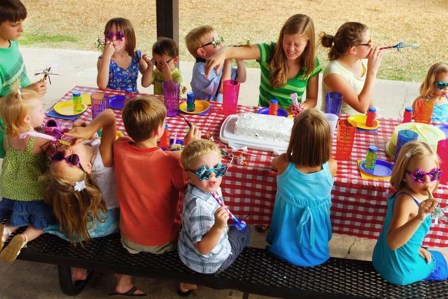 Populaire préféré Comment organiser un anniversaire à l'extérieur ? #WC_87