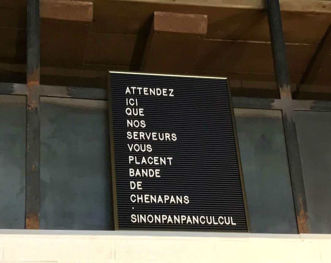 letter-board-restaurant-le-petit-capucci