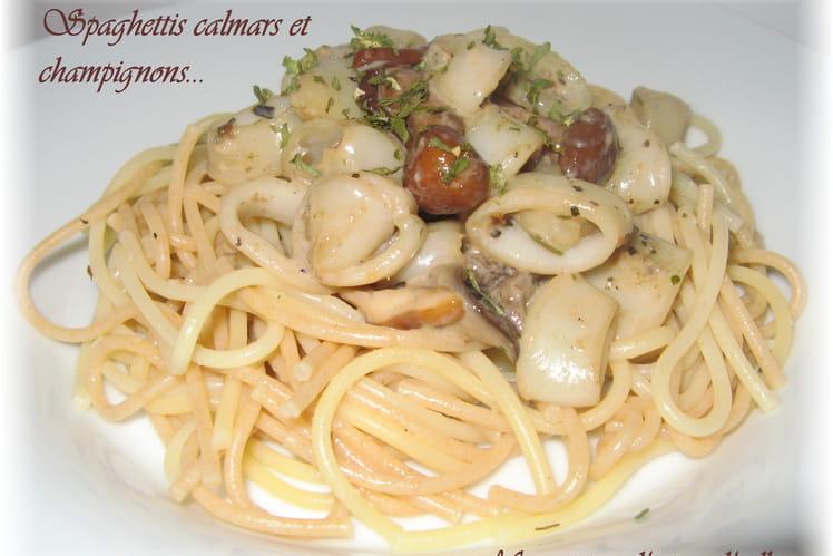 Spaghettis aux calamars et champignons