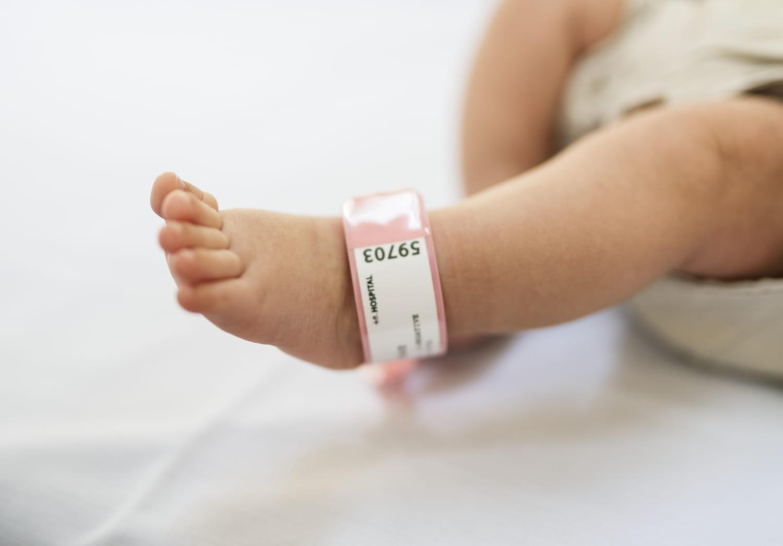 Bébés nés sans main: une enquête ouverte en Allemagne