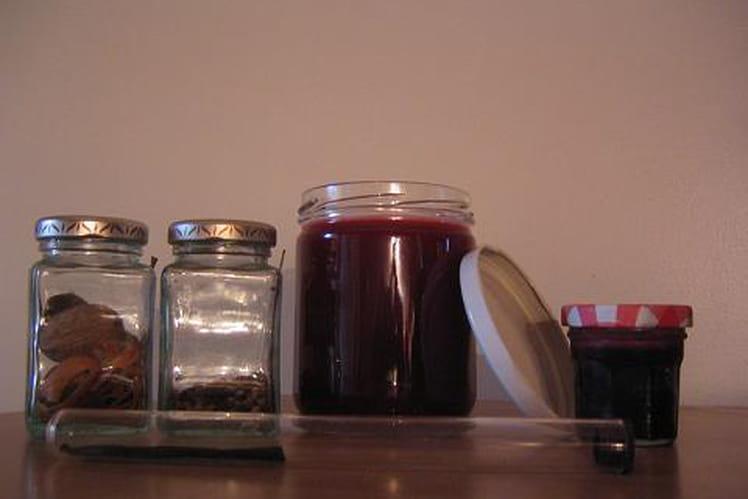 Gelée de raisins noirs aux épices