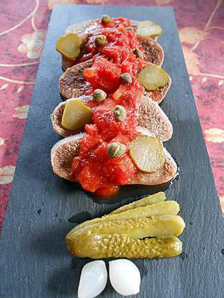 Recette langue de boeuf sauce piquante boeuf - Cuisiner une langue de boeuf ...