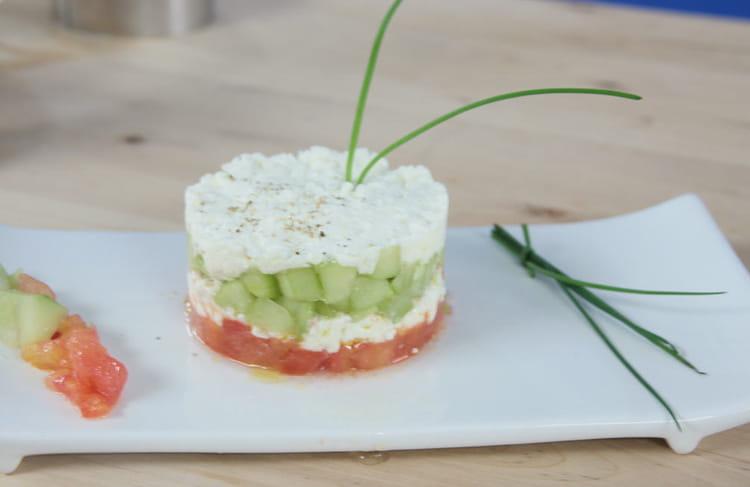 Recette de tartare tomate concombre feta la recette facile for Entree froide legere