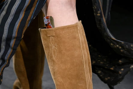 Vivienne Westwood (Close Up) - photo 12