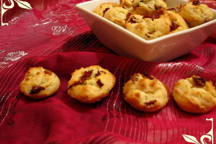 Bouchées aux tomates séchées, parmesan et jambon
