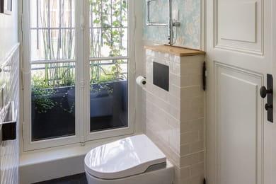 une console chin e vert meraude. Black Bedroom Furniture Sets. Home Design Ideas