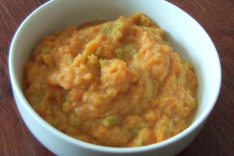 Purée de patates douces à la courgette et aux épices
