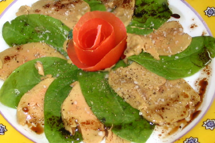 Carpaccio de foie gras aux girolles