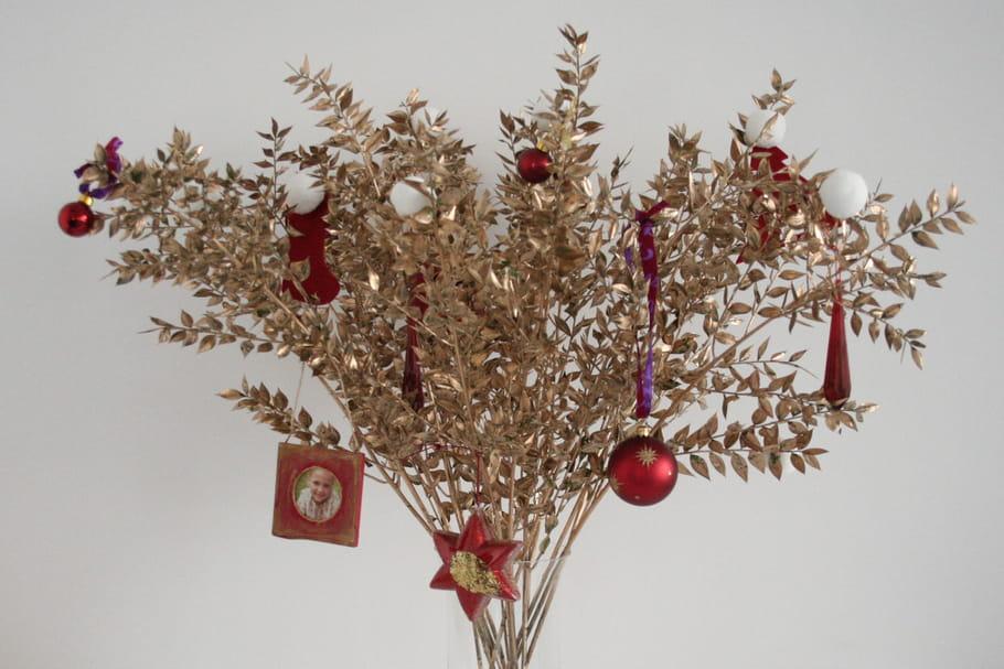 DIY : un bouquet pour Noël rouge et or