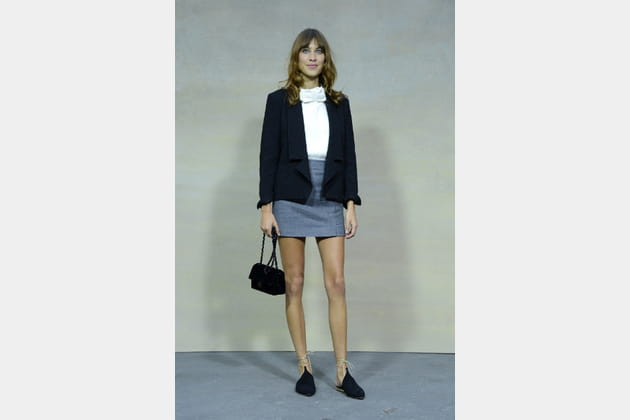 "Alexa Chung et son mini ""Timeless"" de Chanel"