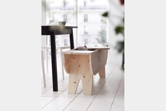un banc qui cache bien son jeu. Black Bedroom Furniture Sets. Home Design Ideas
