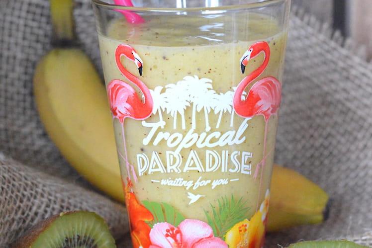 Smoothie kiwi, mangue, banane