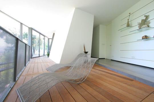 Lounge vers la terrasse