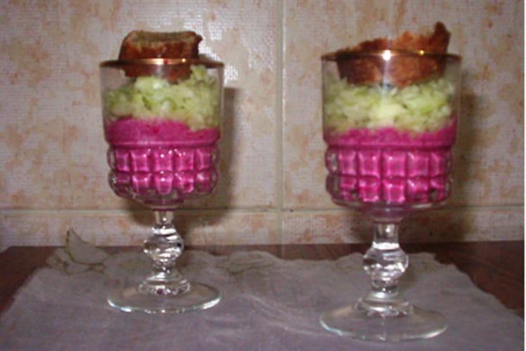 Verrines de mousse de betterave et concombre