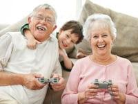 quand les grands-parents se mettent aux jeux vidéos...