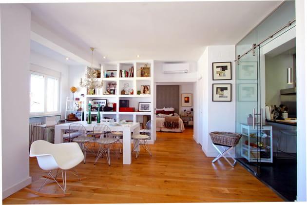 de long en large. Black Bedroom Furniture Sets. Home Design Ideas