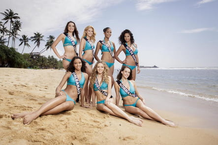 Miss Pays-de-Loire, Provence, Martinique, Pays-de-Savoie, Orléanais, Roussillon et Normandie en maillots de bain