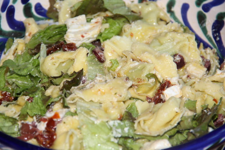 Salade tiède de tortellini au chèvre