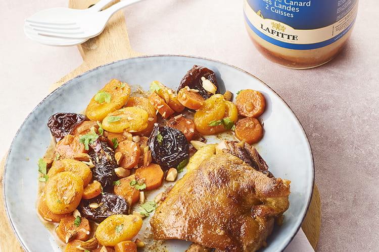 Tajine de cuisses de confit de canard Maison Lafitte, aux abricots et aux pruneaux