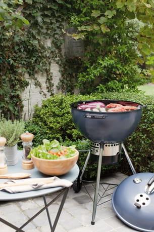 barbecue charbon master touch gbs de weber chez jardiland. Black Bedroom Furniture Sets. Home Design Ideas