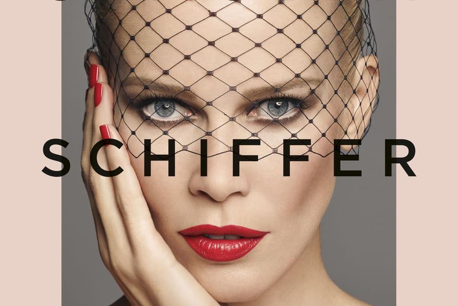 Claudia Schiffer lance sa marque de maquillage