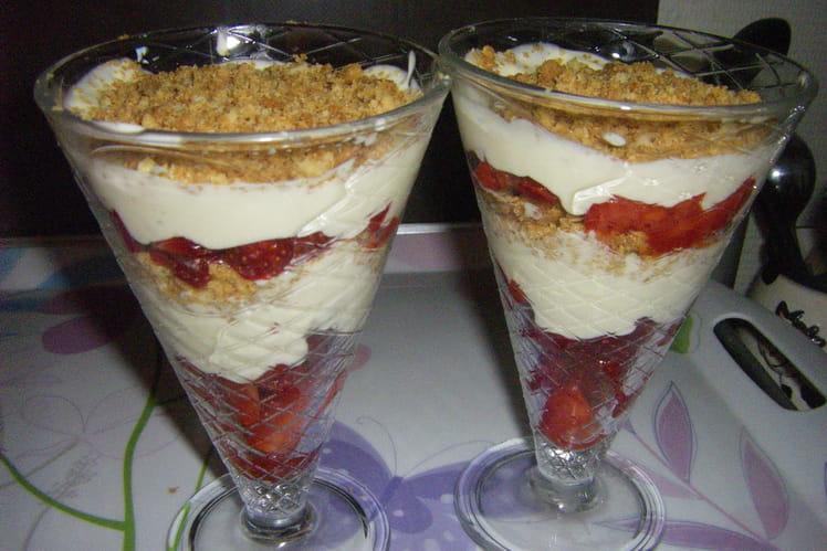 Crumble aux fruits rouges à la crème de mascarpone