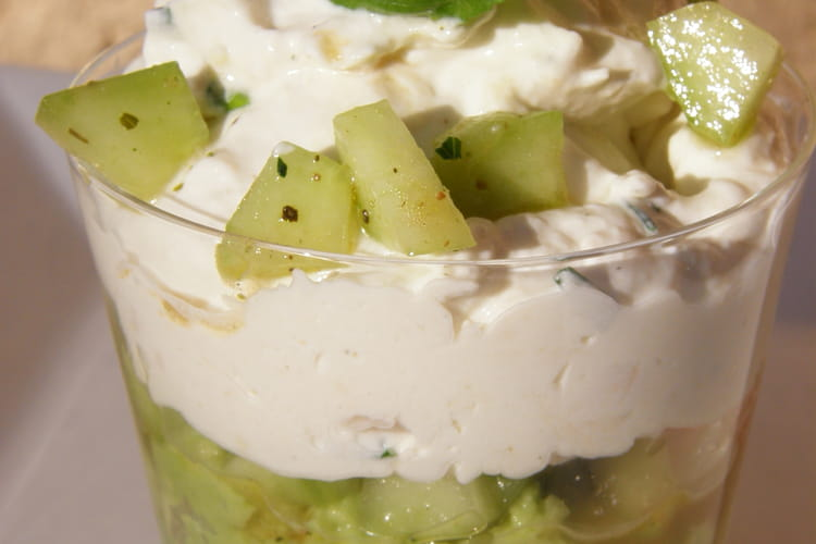 Verrines au thon en vert et blanc