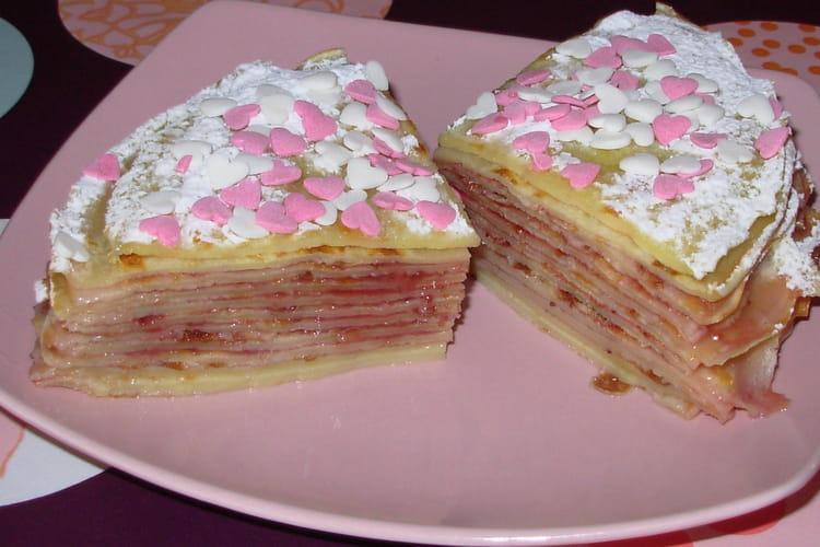 Gâteau de crêpes, fleur d'oranger et fraises