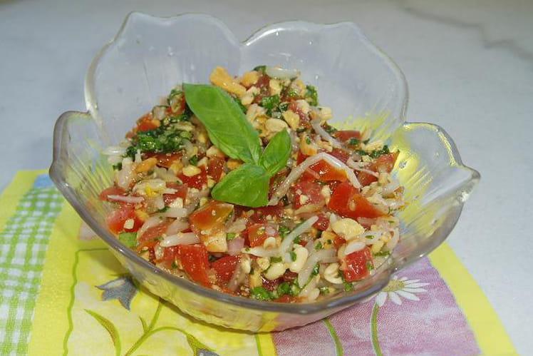Tartare de tomates cerises, soja et noix de cajou