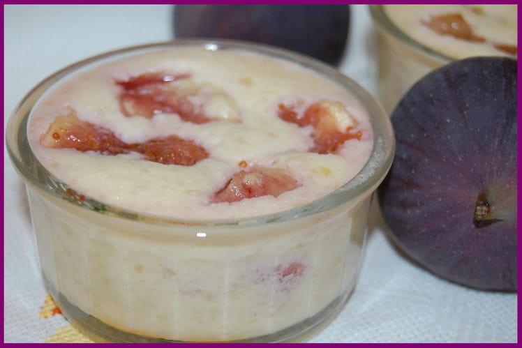 Crème d'amandes aux figues fraîches
