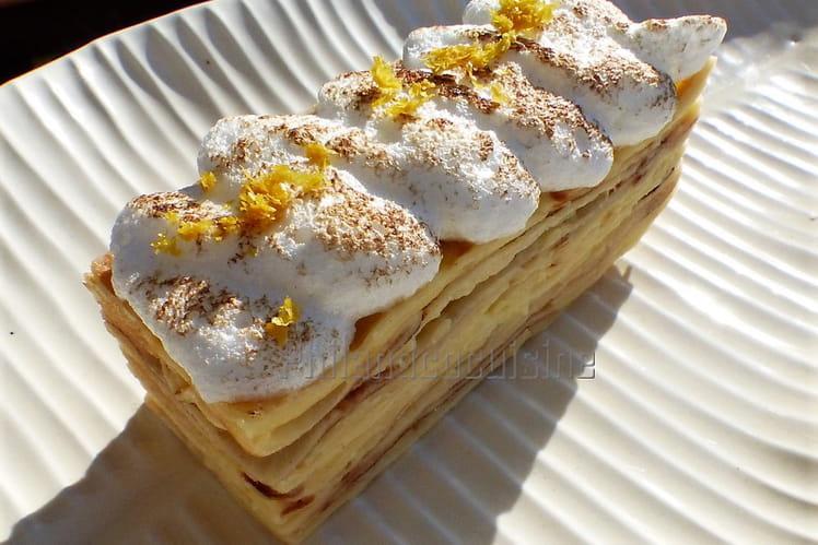 Mille-feuille de crêpes au lemon curd, façon tarte au citron meringuée