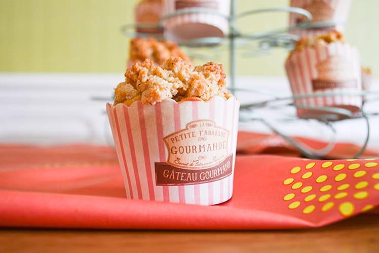 Muffins aux pommes et crumble au noisettes