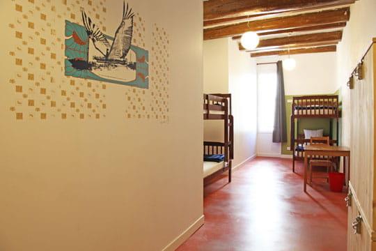 chambre en enfilade. Black Bedroom Furniture Sets. Home Design Ideas